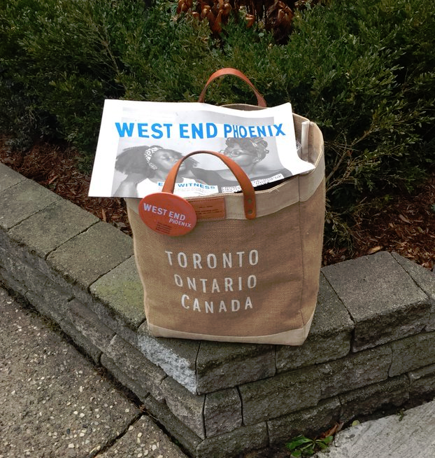The West End Phoenix:A small Toronto community newspaper with a print-first focus